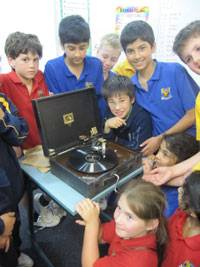 Communication science continued - image gramophone-blog on https://www.johncolet.nsw.edu.au