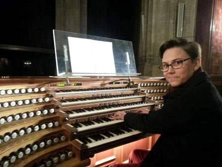 Alumni catch-up: Oscar Smith - image oscar-playing-organ on https://www.johncolet.nsw.edu.au