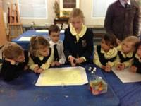 Art students learning to teach - image sandart-blog on https://www.johncolet.nsw.edu.au